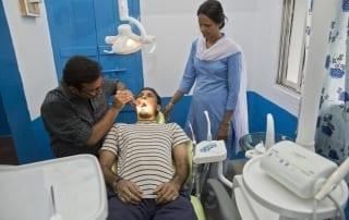 Clínica dental el centro médico Pilkhana
